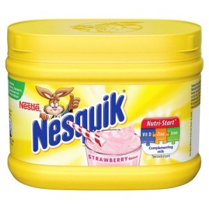 Napój Nesquik Strawberry 300g