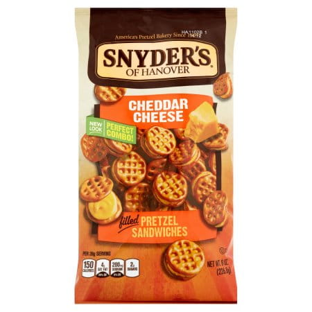 Precle Snyder's Cheddar Cheese Pretzle Sandwiches 60g.jpeg